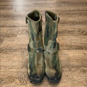 Vince Camuto Suede Camo Boots